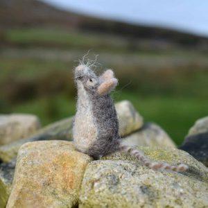 wool mouse felt