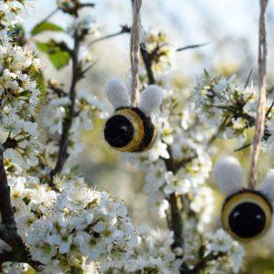 bumblebee gift decoration